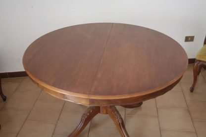 Extensible table walnut